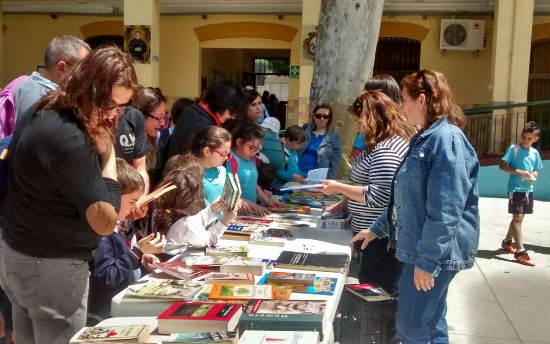 """Mercadillo solidario del libro en el Colegio Salesiano """"San Bartolomé"""""""