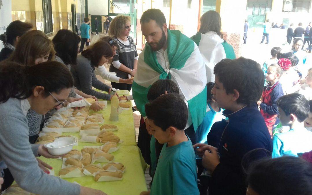"""El AMPA """"Mamá Margarita"""" colabora en la organización del día de Andalucía"""