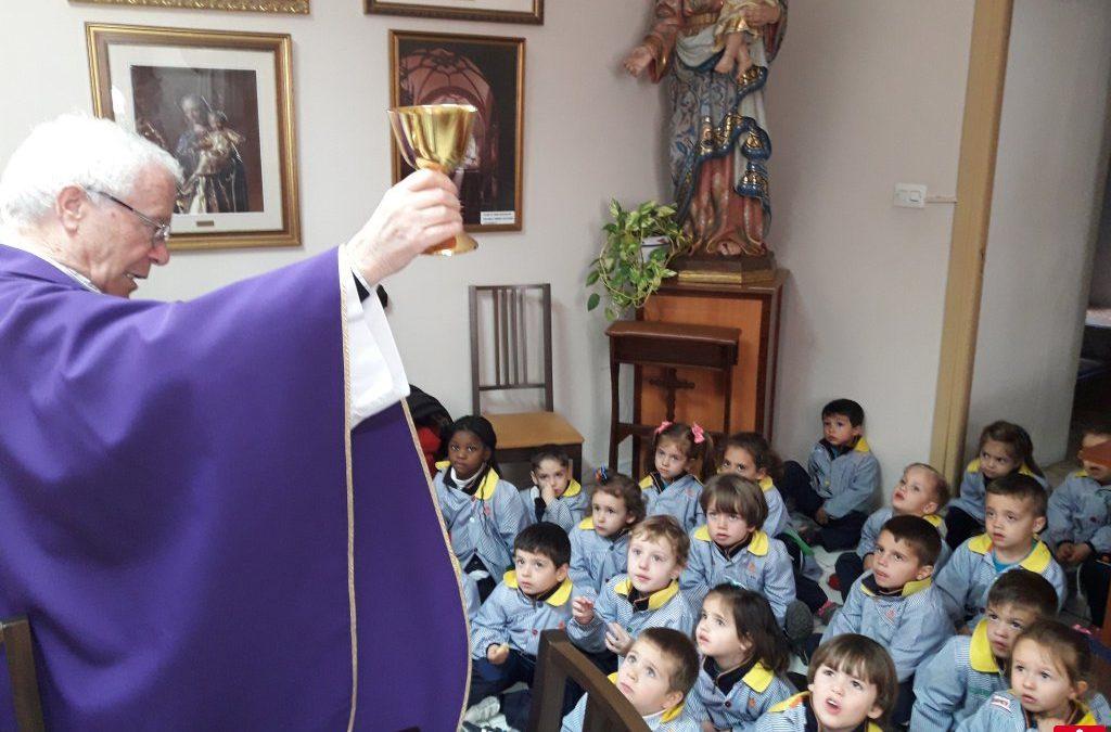 Conociendo nuestro colegio. Educación Infantil visita la Sacristía