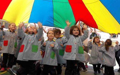 """Los """"Peques"""" de Infantil aprenden Inglés jugando"""