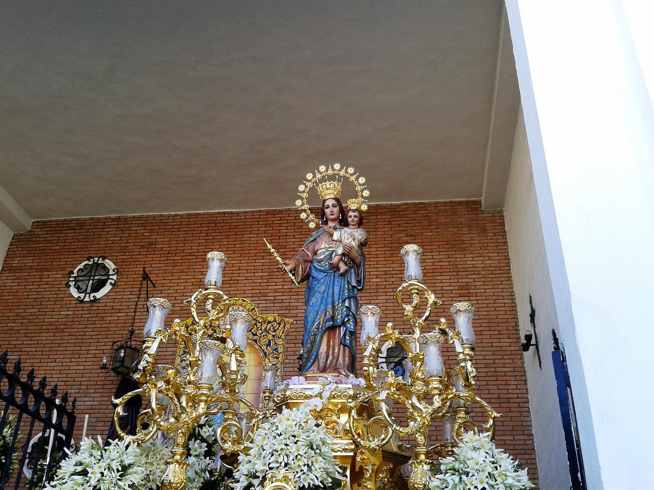 Procesion_Maria_Auxiliadora