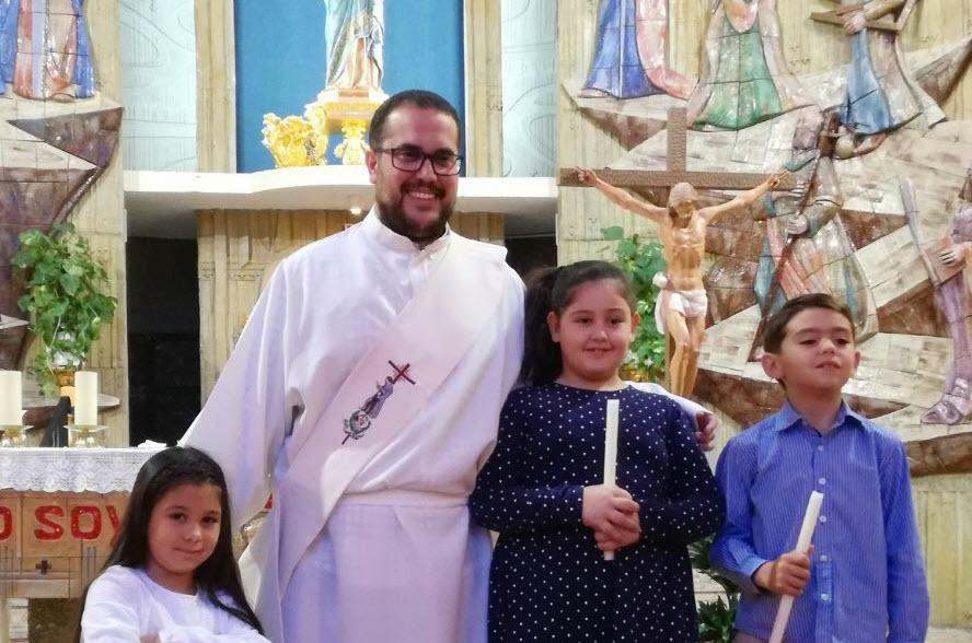 Primeros bautizos de nuestro Diácono José Carlos López Barba