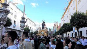PROCESIÓN de María Auxiliadora, D. Bosco y Domingo Savio