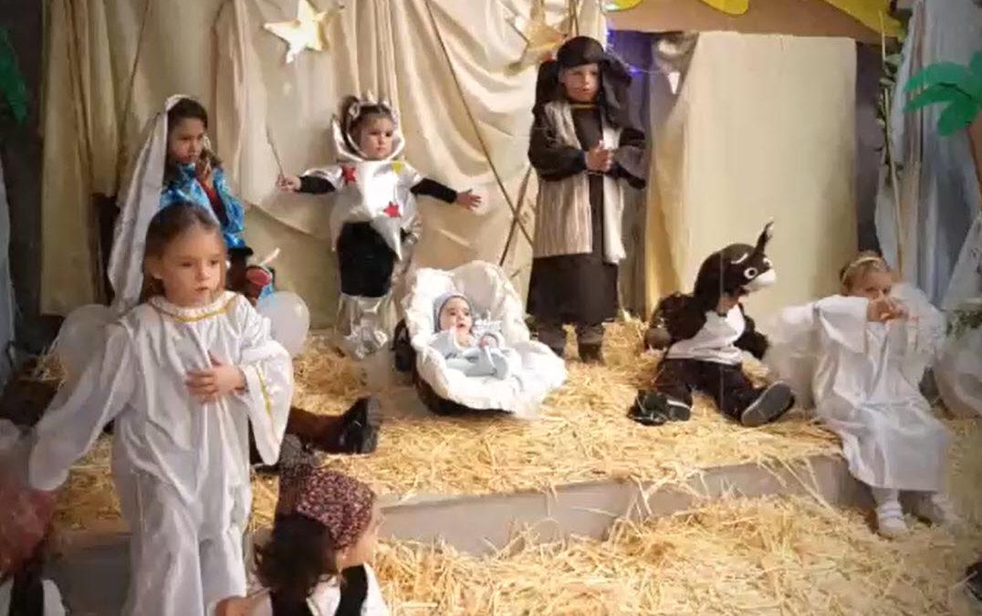 Educación Infantil celebra la Navidad con nuestro Belén Salesiano