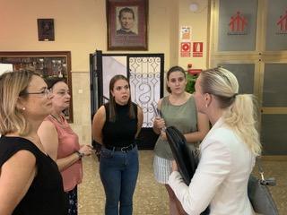 Moana Widell, coordinadora Erasmus+, durante su visita al Colegio Salesiano San Bartolomé